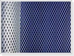安平钢板网 焊接钢丝网 邯郸钢板护栏网 衡水钢丝网较新报价