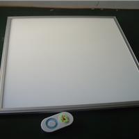 LED调色温调光面板灯6060  36W